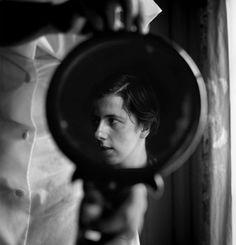 Vivian Maier – mirror self portraits. 1955.