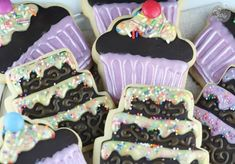Biscuits, Cupcakes, Bakery Cakes, Cute Cookies, Cookie Decorating, Desserts, Decorated Cookies, Cookie Monster, Wedding Decor