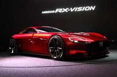 [画像]【東京モーターショー2015】ロータリー復活の狼煙「Mazda RX-VISION」を展示したマツダ ブース - Car Watch