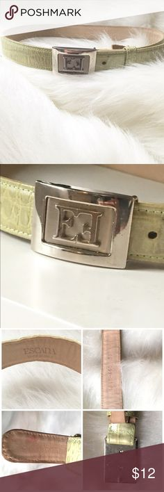 Escada Belt This Escada leather belt, was made in Italy, is of excellent quality and in very good condition. There is a pink mark on the back side of the belt that is not noticeable when worn and the buckle has a couple of subtle scratches. Please see ALL PICTURES. Feel free to ask questions and reasonable offers are always welcome. Xoxo, J Escada Accessories Belts