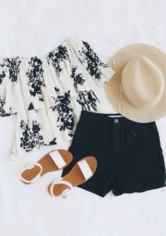 Summer isn't all about fashion and fashion. Summer provides a completely new array of fashion options that simply aren't available during winter. Summ...