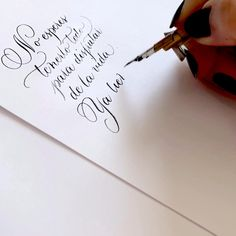 How To Caligraphy, Calligraphy Fonts Alphabet, Handwriting Alphabet, Copperplate Calligraphy, Nice Handwriting, Learn Calligraphy, Signatures Handwriting, Calligraphy Drawing, Beautiful Handwriting