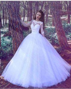 #weddingdress #wedding #weddings #dugun #düğün #nikahelbisesi #elbise #evlilik #evlenmeteklifi #kinagecesi #kinalik #kınalık #nişan #nisanlik #dress #sweet #bindalli #bindallimodelleri #gelinlik #gelin #gelinlikmodelleri #gelinlikfotoğrafları #kizevi #supriz #gelintaci #gelinhakkindahersey #yüzük #ceyiz http://turkrazzi.com/ipost/1521241467653074407/?code=BUciQ4RDi3n