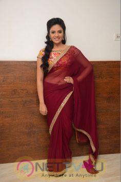 Sree Mukhi Hot Stills in Saree - Sree Mukhi at Pelli Choopulu Audio Release Hot Actresses, Indian Actresses, Indian Navel, Buy Designer Sarees Online, Elegant Saree, Indian Beauty Saree, Indian Sarees, Beauty Full Girl, Most Beautiful Indian Actress