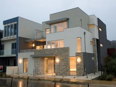 LP Warren Home Designs: The Deck. Visit www.localbuilders.com.au/builders_victoria.htm to find your ideal home design in Victoria