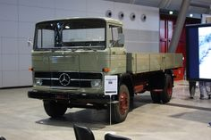 Mercedes-Benz LP1519 by Andy_BB, via Flickr