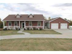 16260 Eastlake Drive Lexington MO 64067 Is For Sale