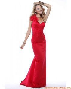 Boutique en satin robe de soirée 2013 rouge asymétrique col en cœur plissée pas cher