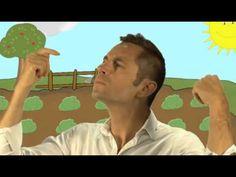 """Rémi, le chanteur vedette des tout petits chante """"Le Petit Lapin"""" - comptine pour enfants - YouTube"""