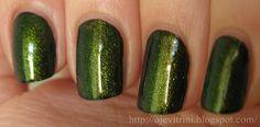 Green-gold duochrome top coat