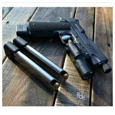Sick ass gun Follow on Instagram etaco15