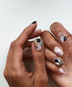 Nail Art Designs In Every Color And Style – Your Beautiful Nails Manicure Y Pedicure, Shellac Nails, Nail Polish, Trendy Nails, Cute Nails, Hawaiian Flower Nails, Nail Art Abstrait, Hair And Nails, My Nails