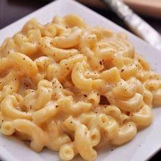 Mac n cheese! Tag those who love it!    #instafood #food @fashionseternal