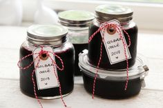 Solbærgele Chutney, Edible Garden, Canning Recipes, Pickles, Jelly, Nom Nom, Mason Jars, Berries, Food And Drink
