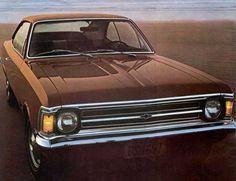 opala 1974 - Ao longo de seus 23 anos e 5 meses de produção contínua, o Opala passou por diversos aprimoramentos mecânicos e modificações estéticas.  Durante este tempo o Opala trazia duas opções de motor, o 4 cilindros que equipava as versões básicas, e o famoso 6 cilindros,  motor que equipava as versões esportivas e luxuosas, e que logo caiu no gosto dos brasileiros principalmente pela sua potência.