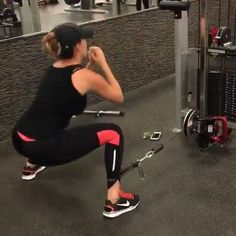 Want a great booty! Do cable Kick-backs and squats!  tag a friend to try! #Howtogetabooty  Credit: @veronica.prince