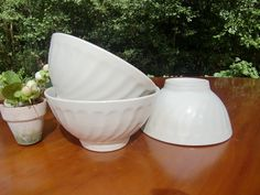 Hey, I found this really awesome Etsy listing at https://www.etsy.com/listing/204217909/french-vintage-white-bowl-cafe-au-lait