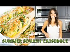 Healthy Squash Casserole recipe is easy to make with yellow summer squash, zucchini, a breadcrumb and Parmesan topping and then baked in the oven! Vegetarian Zucchini Recipes, Healthy Zucchini, Chicken Breast Recipes Healthy, Healthy Recipes, Salad Recipes, Healthy Food, Zucchini Squash Casserole, Summer Squash Casserole, Yellow Squash Casserole