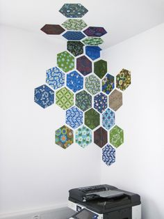 DIY - wall decoration with patterned hexagon. Print patterns -> cut out hexagons -> fix it on the wall, even around edges! Very easy and fast to make.
