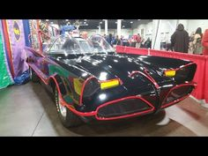 The Original 1966 Batcopter, The Batmobile, And The Batcycle at Cincinnati Comic Expo 2016 - YouTube