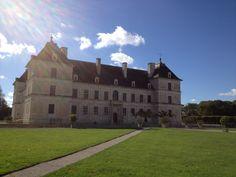 à visiter le château rennaissance d'Ancy Le Franc à 1h #auxerre #yonne #bourgogne #chateau