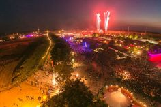 Dream City (by night): A very central camping area with everything from sustainable initiatives to crazy activities and top notch parties