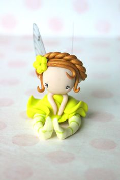 fairy figurine made of polymer clay, around 6 cm Polymer Clay Fairy, Polymer Clay Figures, Cute Polymer Clay, Cute Clay, Polymer Clay Dolls, Polymer Clay Miniatures, Polymer Clay Projects, Clay Fairy House, Clay People