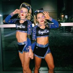 comment if ur from the explore page ---------------------------- fc 4 Cute Cheer Pictures, Cheer Picture Poses, Cheer Poses, Beach Pictures, All Star Cheer Uniforms, Cheerleading Uniforms, Kentucky Basketball, Sports Basketball, Duke Basketball
