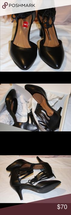 Style black shoes Style & Co Vanaa heels shoes, just we worn for three hours! But those are still in a excellent condition!! Super comfortables!! Dress Shoes feature a Synthetic upper with a Round Toe . The Man-Made outsole lends lasting traction and wear. ✨Ships 📦 next day✨ Style & Co Shoes Heels