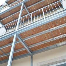 Bildergebnis für balkon stahl holz