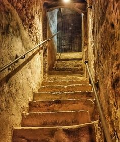 Down we'll enjoy historic Rioja wines #turism #winetours #travel #wine #winelover #turismo #enoturismo #experience #winetastelovers #riojawine #gastronomía #visitSpain #vino #viaje#tapas #winetasting #instariojawine #gastronomy #instawinetours #winecountry #wineries #worldplaces #winetrip #winetravel#viajar #grapevines #winetourism #wineregion #lp