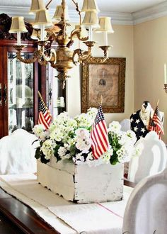 10 Simple, Stylish 4th of July Party Decorations | StyleCaster