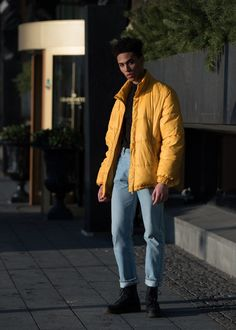 Joanna Totolici is on the ground in Stockholm to shoot the best street-style looks outside the shows. Source by mjaymitch Fashion Big Men Fashion, Best Mens Fashion, 80s Fashion, Latest Fashion Trends, Fashion Tips, Fashion Styles, Fashion Boots, Disco Fashion, Golf Fashion
