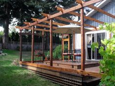 A large deck enclosure for entertaining (the cats of course!) Beautiful World Living Environments www.abeautifulwor...