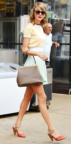 Taylor Swift style.