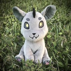 The Chupacabra, Scary Art, Creepy, Old Teddy Bears, Mini Mouse, Mythical Creatures, Cute Plush, Art Challenge, Baby Crafts
