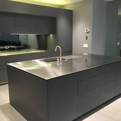 High Quality Custom Made Stainless Steel Bench & Bench Tops Stainless Steel Benchtop, Stainless Steel Fabrication, Stainless Kitchen, Stainless Steel Sheet Metal, Stainless Steel Furniture, Kitchen Tops, New Kitchen, Industrial Kitchen Design, Kitchen Benches