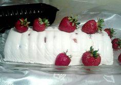 Epres-túrós őzgerinc | Zimelda receptje - Cookpad receptek Cakes And More, Sushi, Strawberry, Food And Drink, Pudding, Baking, Fruit, Ethnic Recipes, Google