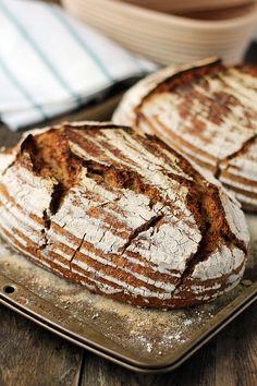 Chleb pszenny półrazowy na zakwasie… – brunetkawkuchni Bread Recipes, Kitchen, Cuisine, Home Kitchens, Kitchens, Cucina