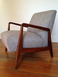 MID CENTURY DANISH MODERN WALNUT LOUNGE ARM CHAIR JENS RISOM EAMES/WEGNER ERA