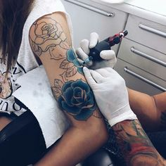 Blue roses are beautiful and give new life to the flower.