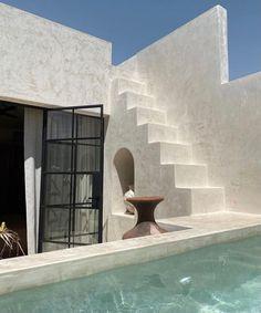 Architecture Texture, Minimalist Architecture, Futuristic Architecture, Beautiful Architecture, Residential Architecture, Architecture Design, Beautiful Homes, Beautiful Places, Design Exterior