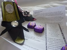 paper shoe tutorial (link to template on site) For Cinderella Slipper! 3d Paper Crafts, Diy Paper, Paper Crafting, Arts And Crafts, Cinderella Slipper, Cinderella Party, Visiting Teaching Message, Paper Shoes, Mish Mash