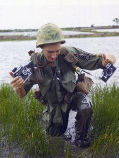 Vietnam War 1967 - SSG Howard G. Breedlove, Combat Photographer, DASPO Vietnam War Photos, Vietnam History, Rice Paddy, North Vietnam, Saigon Vietnam, War Photography, Photography Office, American War, American Veterans