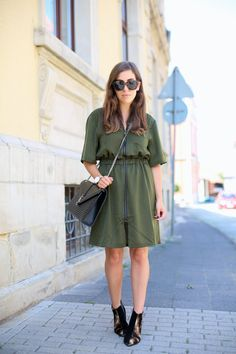 ARMY GREEN DRESS | Fiona from thedashingrider.com wears Edited Shirt Dress, Acne Jensen Boots & Saint Laurent Bag #ootd #whatiwore