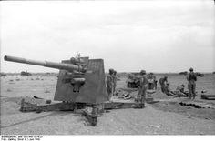 [Photo] German Army cm FlaK 18 gun deployed in an anti-tank role, Bir al Hakim, near Tobruk, North Africa, Jun photo 2 of 2