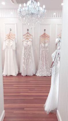 Boutique Design, Boutique Decor, Bridal Boutique Interior, Clothing Boutique Interior, Fashion Boutique, Wedding Dress Boutiques, Wedding Dress Shopping, Wedding Dresses, Modegeschäft Design