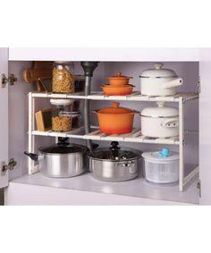 ニトリのキッチン収納グッズを大特集!!  何かと散らかりがちになってしまいがちなキッチン。毎日使う場所だからこそしっかりとした収納をしたいという気持ちはあるけど中々思うような収納が出来ないと悩んでいらっしゃる方も多いと思います。そんな方たちに、ニトリのキッチン収納グッズをご紹介♪安くてシンプルなのにしっかりと収納出来るなんて、まさに理想ですよね!!