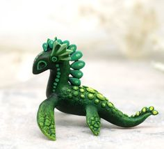 60+ Fantasy Dragons miniatures by Evgeny Hontor. Discover the World of Dragons. New Dragon figurines from resin casting and velvet clay for home decorating. Painted and unpainted Animal Sculpture gifts for dragon lovers. Look at the best collection of 800+ miniatures of fantasy creatures, beasts and aliens