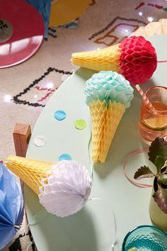 Ice Cream Honeycomb Party Decor Set
